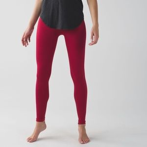 Lululemon Zone In Tight Cranberry Size 6